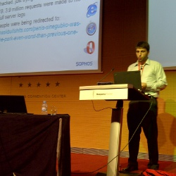 Onur Komili presenting at Virus Bulletin 2011