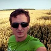 Andrey Sabelnikov's LinkedIn photograph