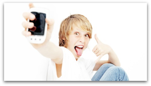 Mobile apps for kids collecting and sharing information w