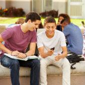 Image of high school kids courtesy of Shutterstock